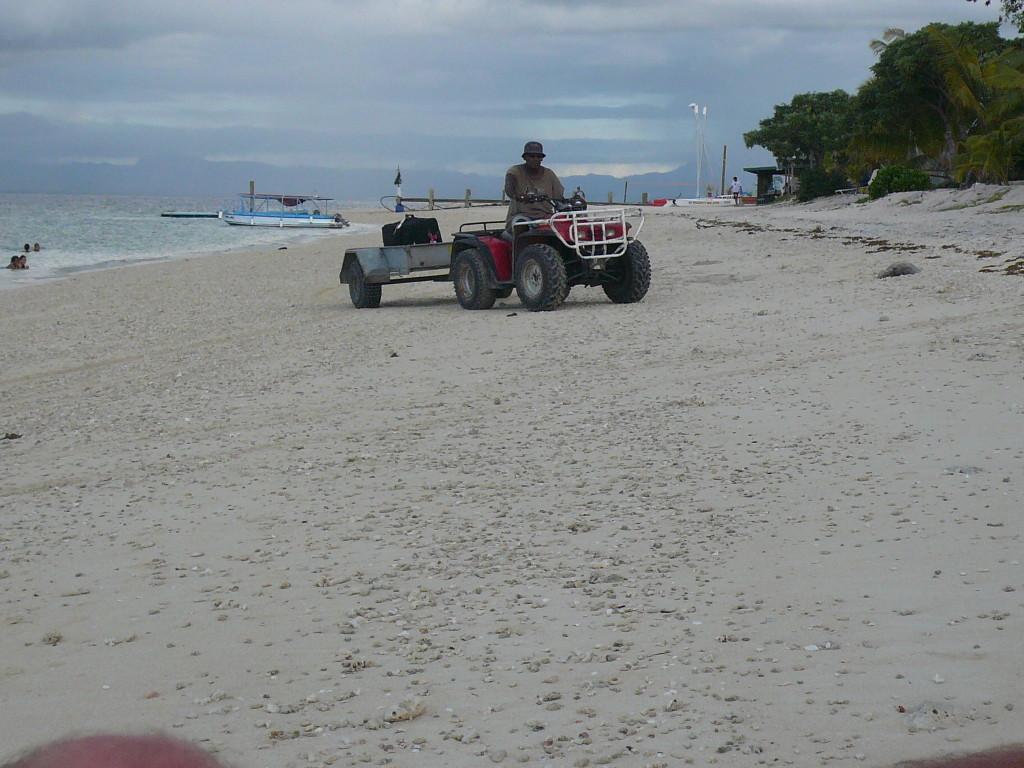 FIJI, Christmas 2006 (41)