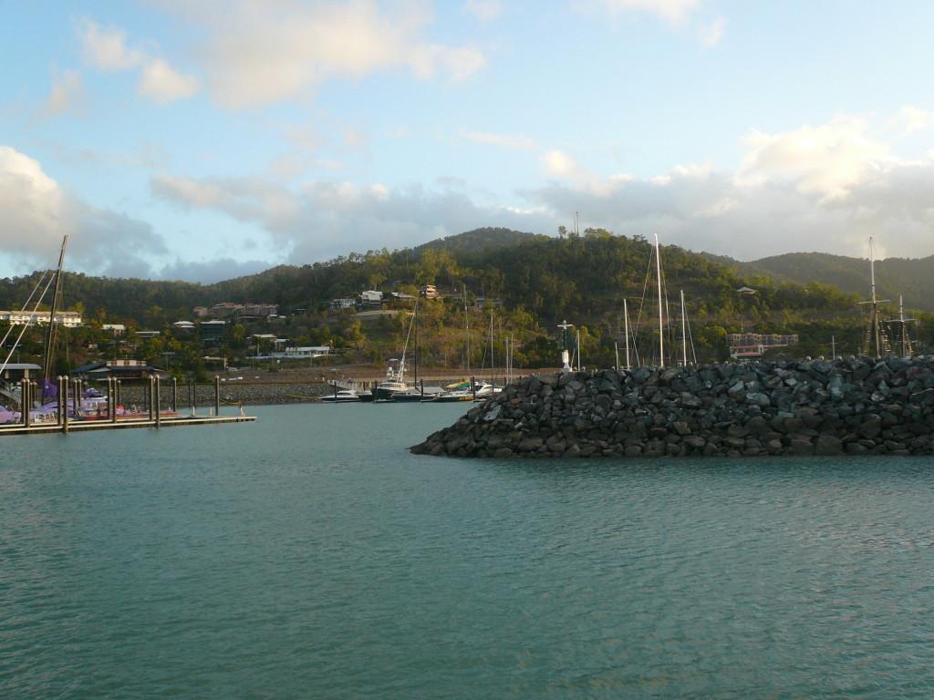 Whitsunday Islands & GBR January 2007 (19)