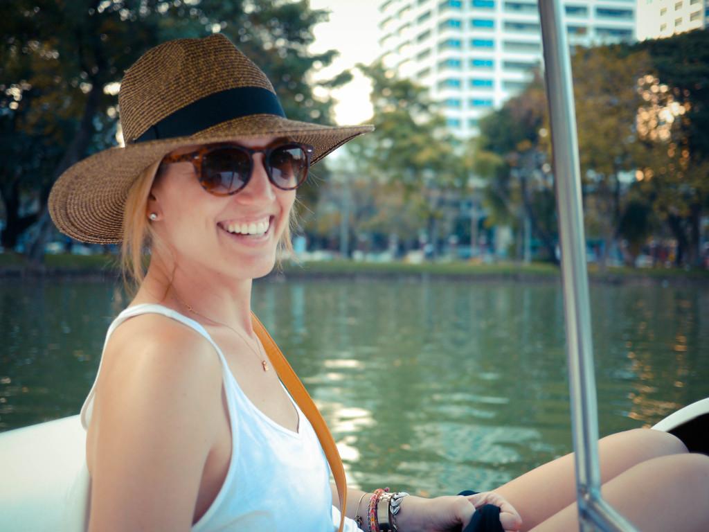paddle boat in lumpini park bangkok