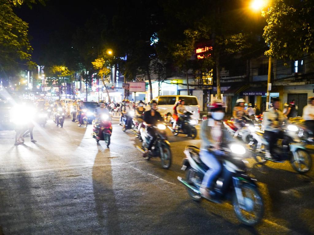 ho chi minh city motorbikes