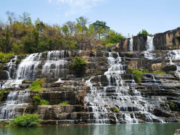 thac pongour waterfall dalat vietnam
