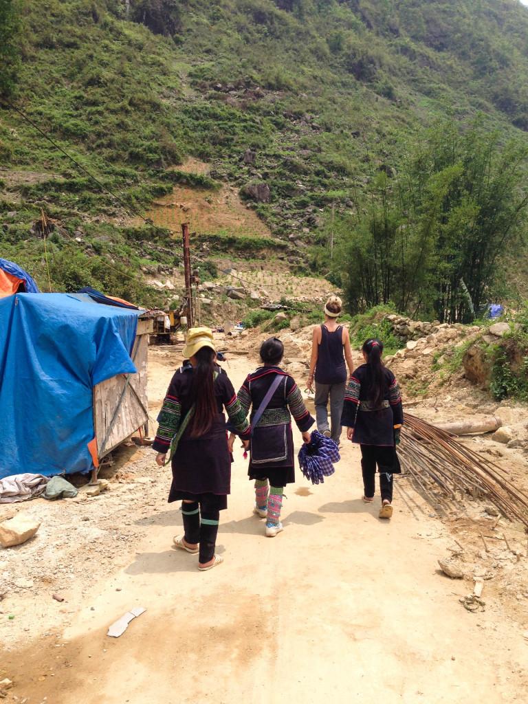 hmong trek in sapa vietnam
