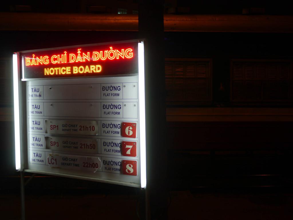 overnight train hanoi to sapa