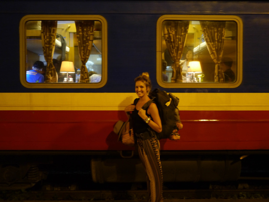 overnight train hanoi to sapa