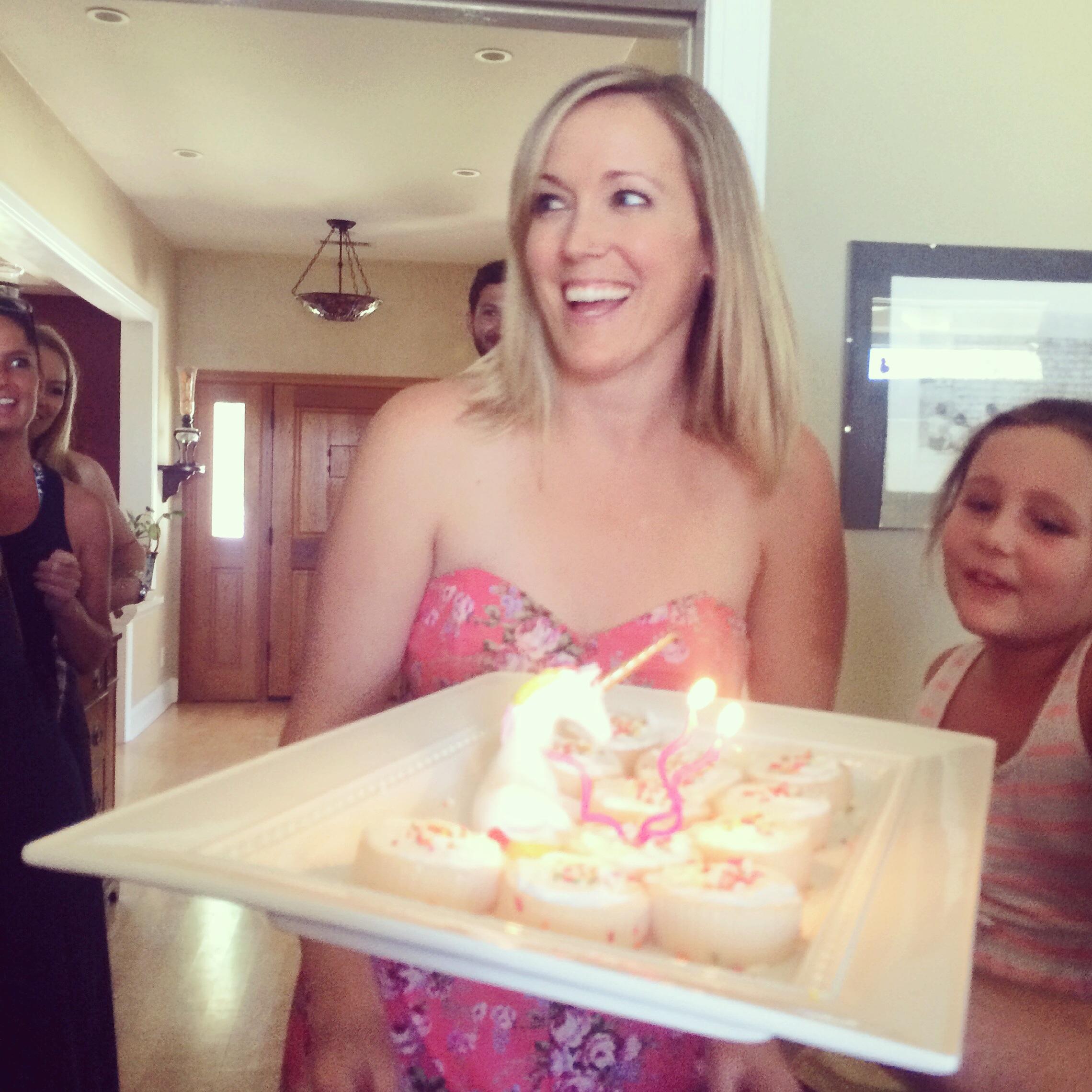 Wondrous Boozy Birthday Cupcakes The Tale Of Two Tingsthe Tale Of Two Tings Funny Birthday Cards Online Chimdamsfinfo